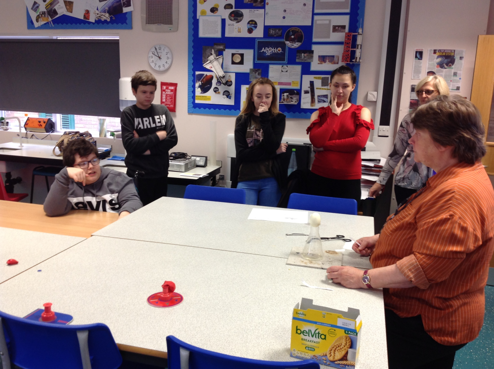 Tina does egg experiment with pupils watching on