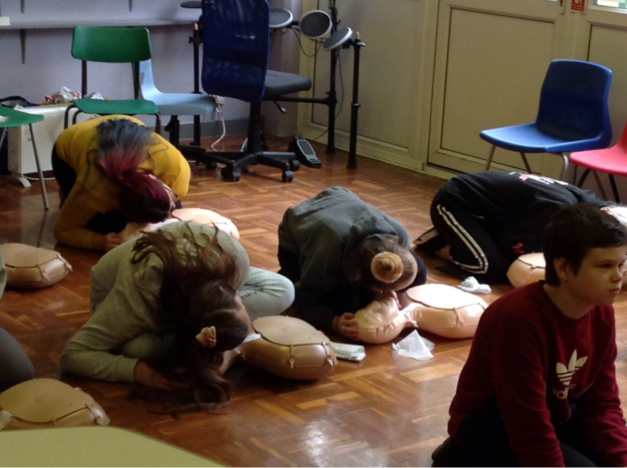 Pupils Doing CPR